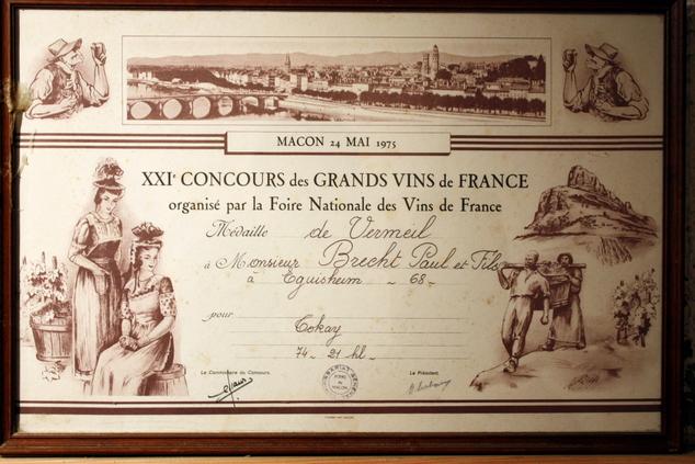 vins-alsace henri-brecht -Histoire et palmarès - 1975