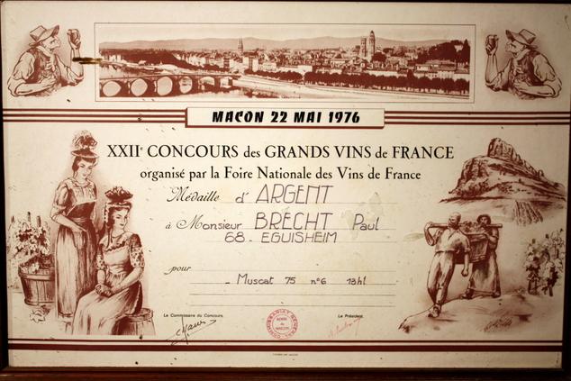 vins-alsace henri-brecht -Histoire et palmarès - 1976